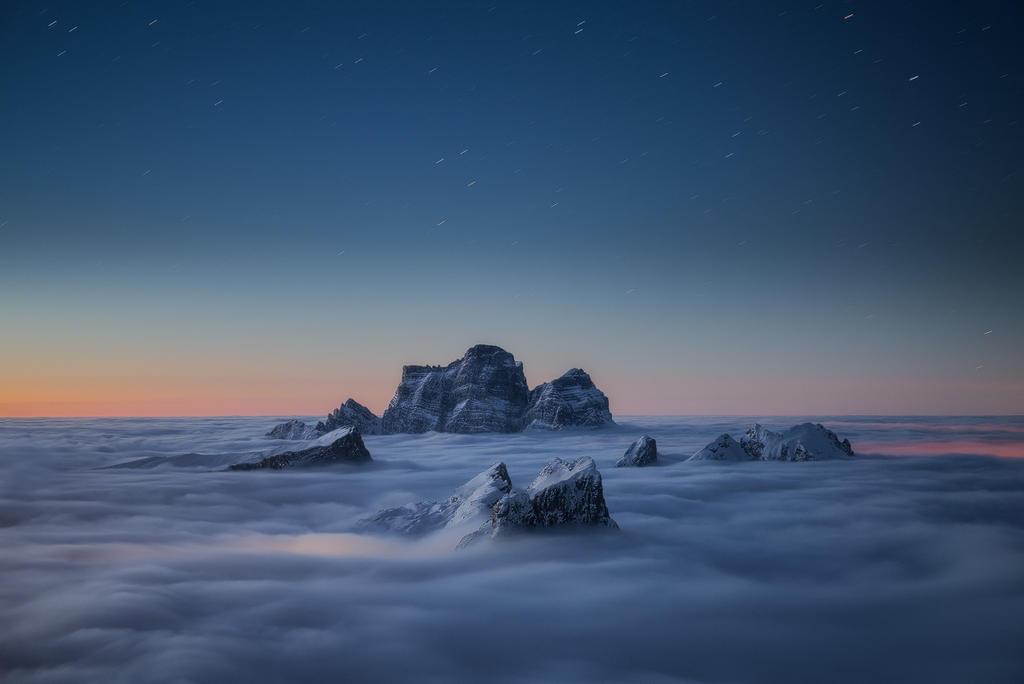 Sea of clouds by dfm63