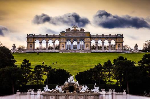 Schonbrunn Gloriette - center gardens view
