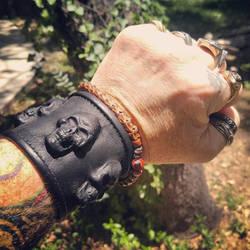 Leather 3 skull wrist band