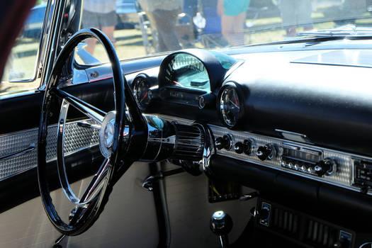Ford Thunderbird Interior