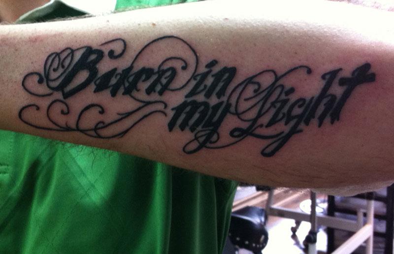 letra burn in my light: