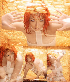 LeeLoo The Fifth Element Cosplay