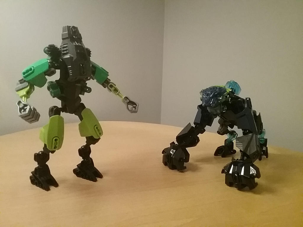 Pacific Rim Cherno Alpha VS Leatherback By Userrname303