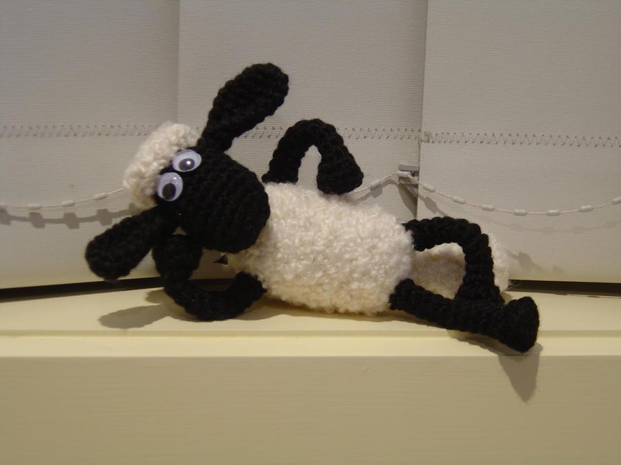 Shaun the Sheep by SerraAngel on DeviantArt