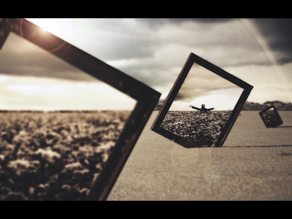 Frames by Drake1024