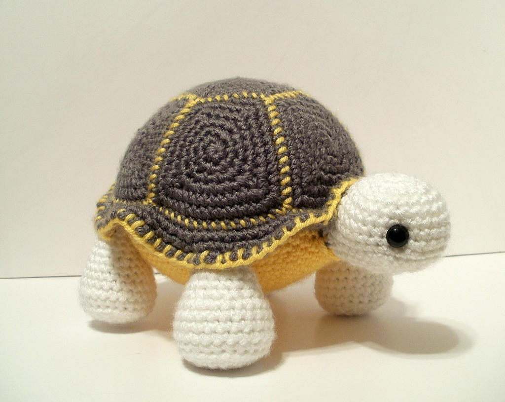 Orion the Turtle by Aileen-Kailum