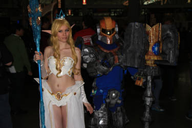 PAX East 2013 - Janna and Jayce 2 by VideoGameStupid