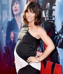 Evangeline Lilly(pregnant)2.