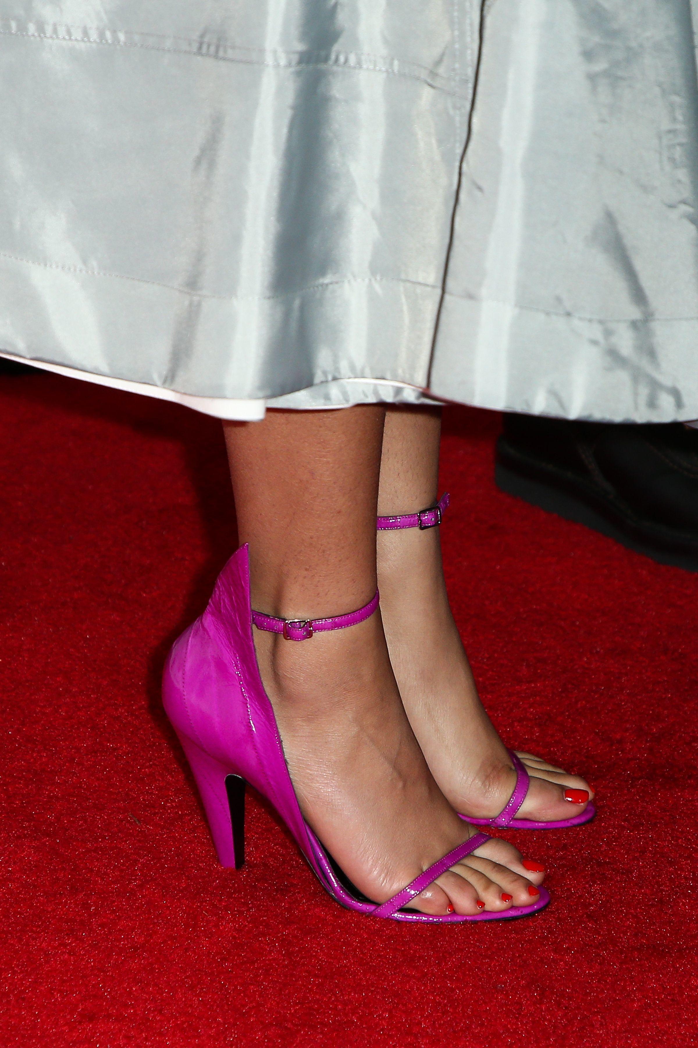 Feet zendaya Zendaya :