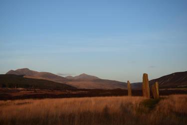 Machrie moor in fading sunlight - isle of arran by Lichte25
