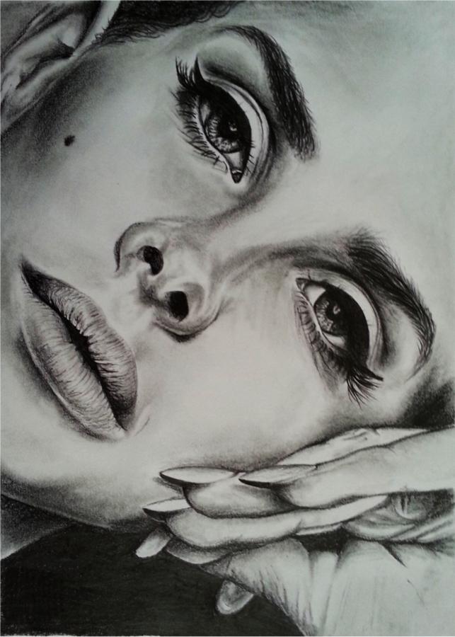 Lana Del Rey by LeahRosslyn