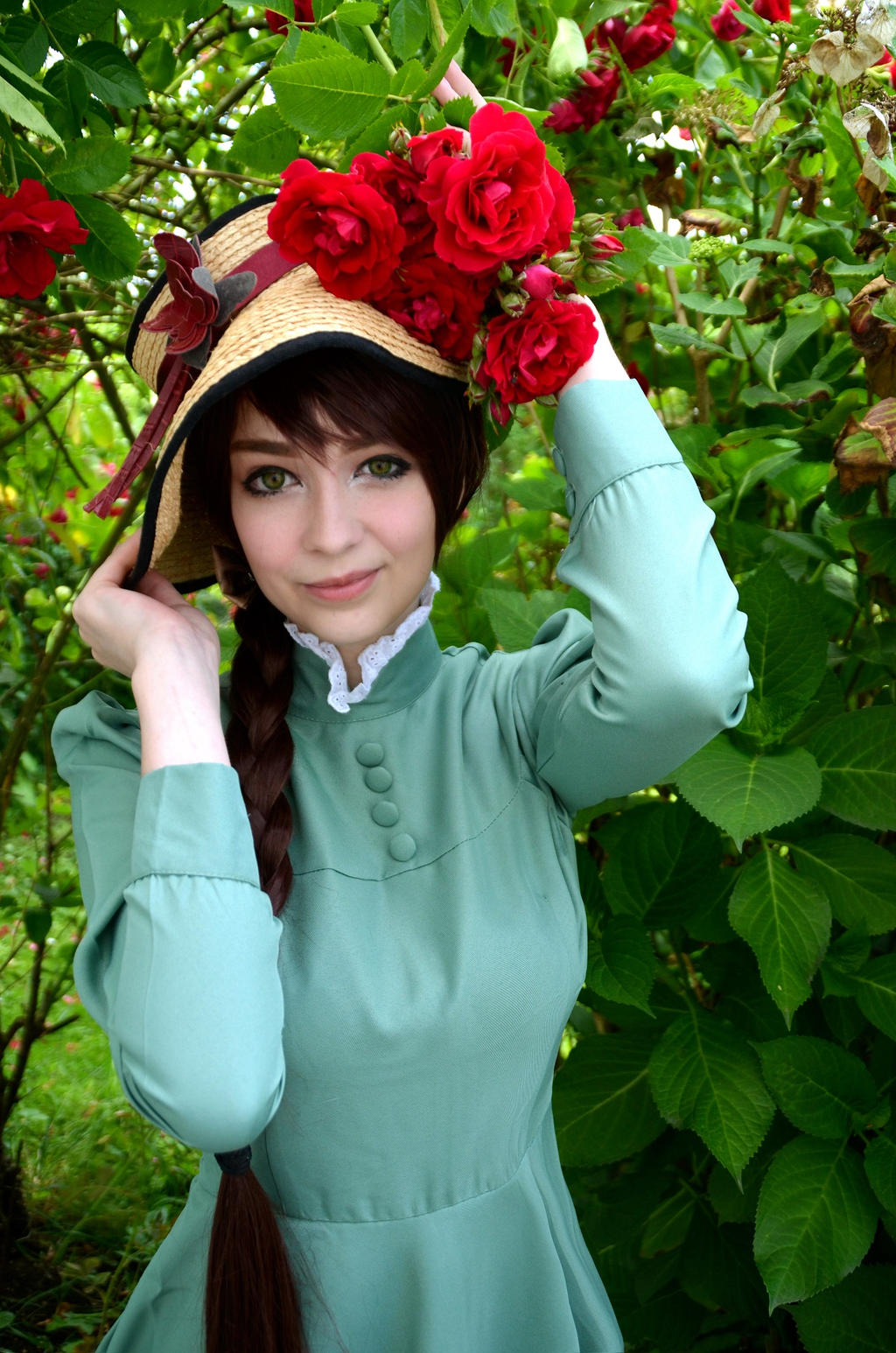 Howls moving castle Sophie Cosplay by Moyashiiiii on ...