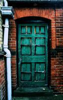 the door by ricavilenletts