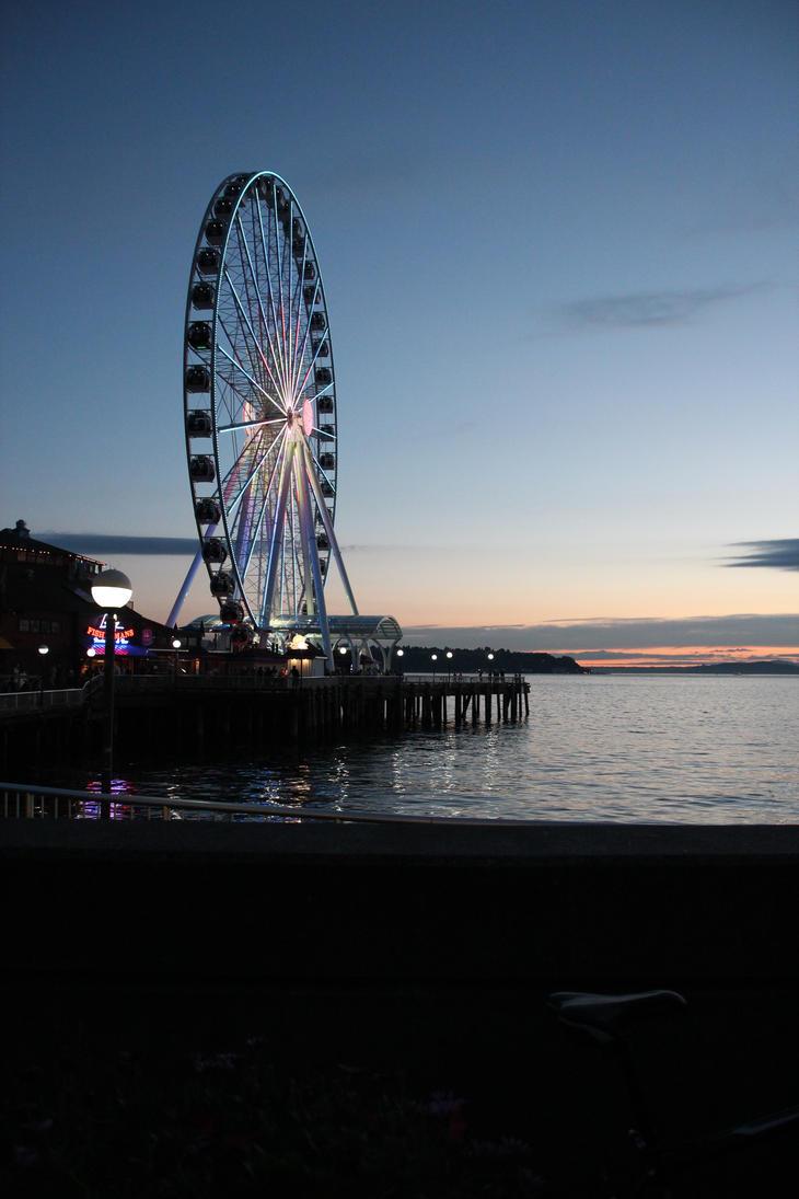 Ferris Wheel - Seattle by foundinthought