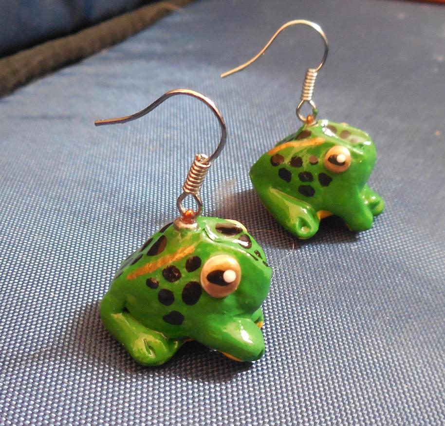 Froggie Earrings by sonic-skywalker