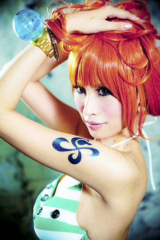 One Piece Nami Cosplay by twndomn
