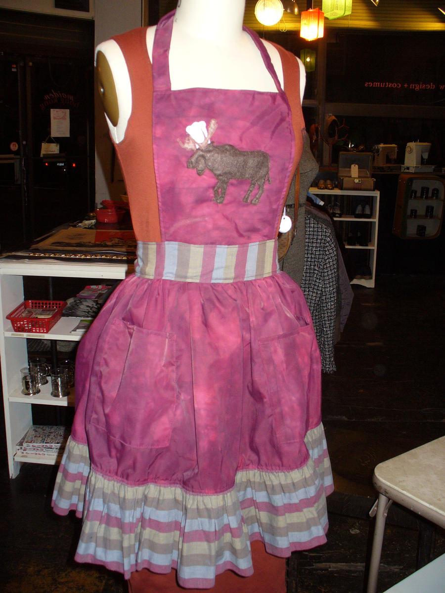 moose apron by delynn