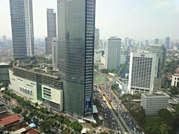 Jakarta Sore itu, padat, merayap by Pro-lensandmoments