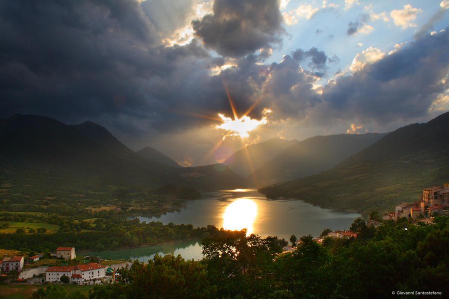 Barrea Lake sunset