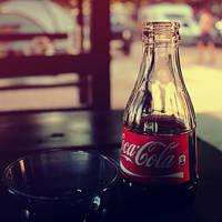 Coca cola by Zi0oTo