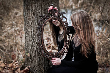 Mirror mirror by Zi0oTo