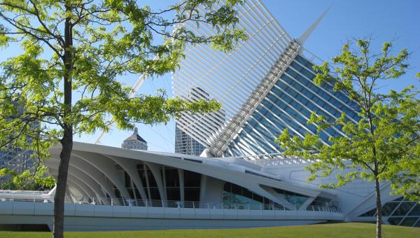 Milwaukee Art Museum 3 by sanroman