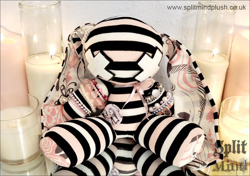 Skull Bunny by splitmindplush