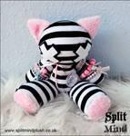 Split Mind Kitty by splitmindplush