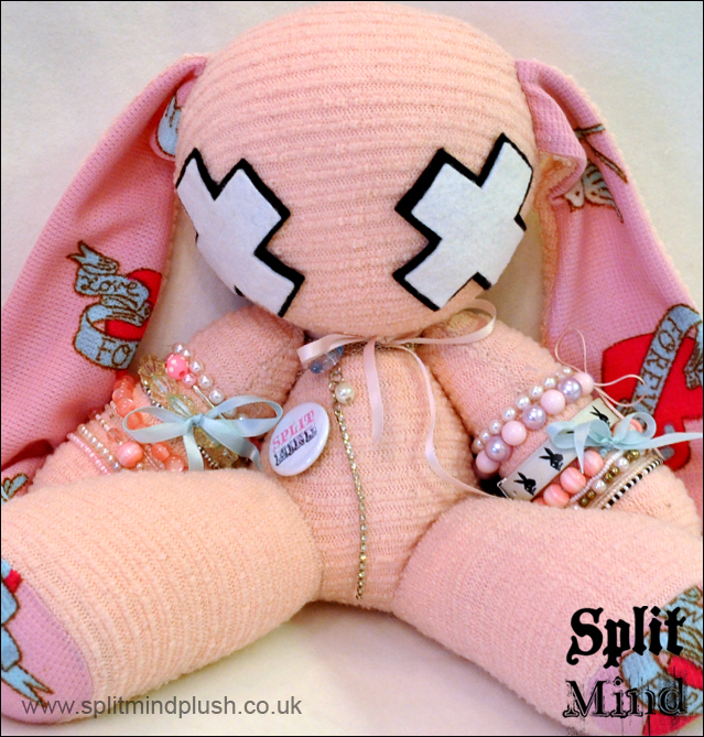 Giant SMP Bunny by splitmindplush