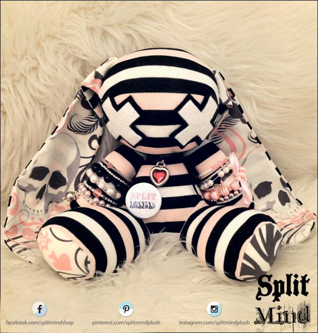 I Heart Skull Bunny by splitmindplush