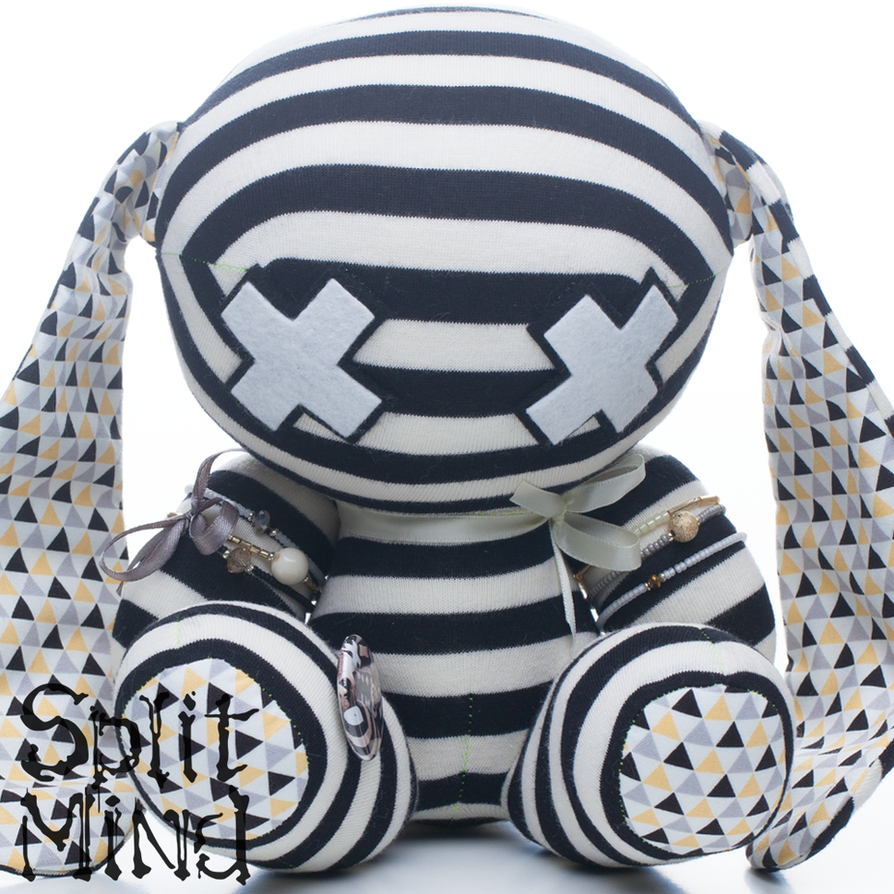 Geometric-Banded Bunny by splitmindplush