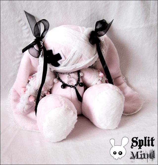 Lollita Dead Bunny by splitmindplush