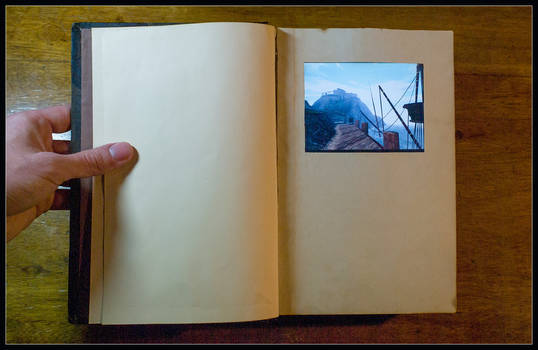 A real Myst book - linking panel