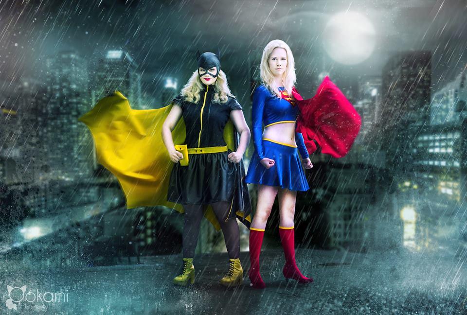 Supergirl vs Batgirl by Elfen-Lena