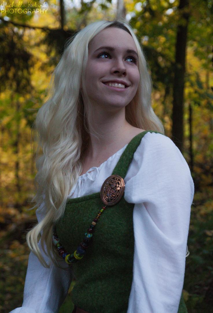 Smile to the world by Elfen-Lena