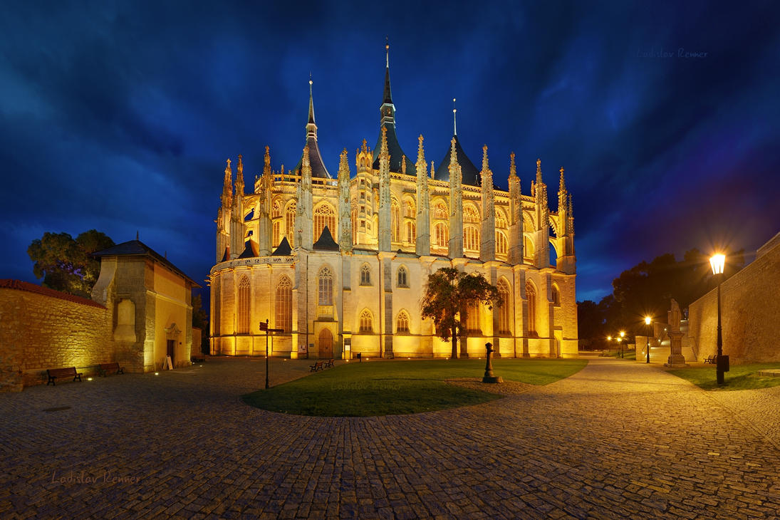 - Cathedral of St. Barbara - by UNexperienced