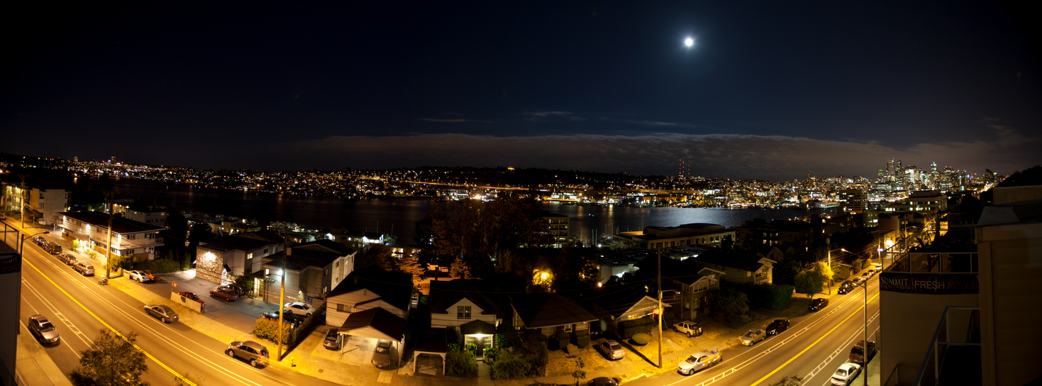 Seattle by Mezzn