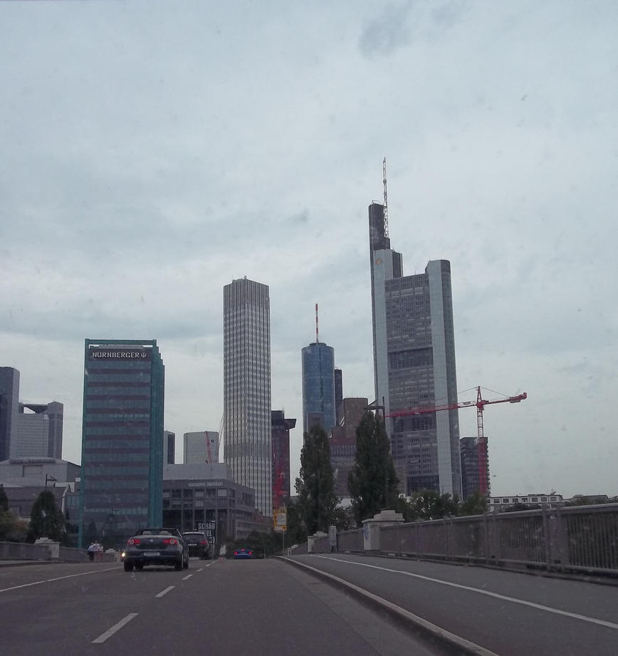 Getting From Frankfurt Airport To City