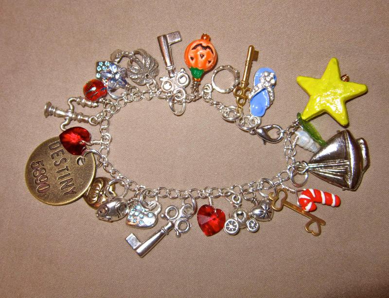 One Sky, One Destiny-Kingdom Hearts Charm Bracelet by Key-Kingdom