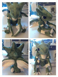 Scyther plush by LRK-Creations