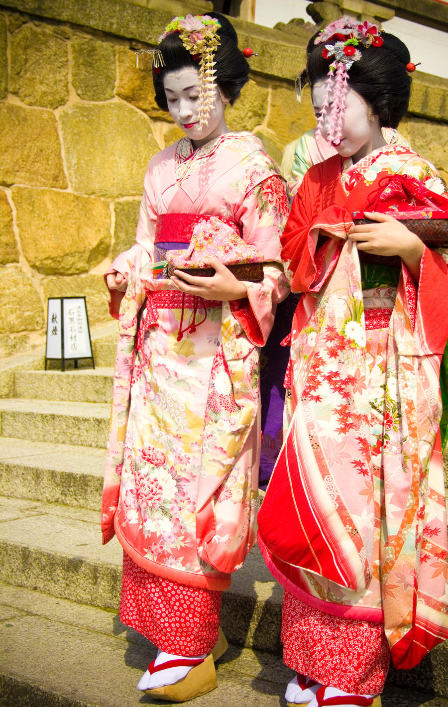 Geishas 3 by rachelarandilla