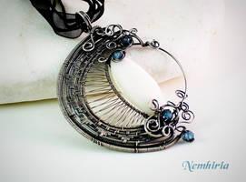 Blue Moon by Nemhiria