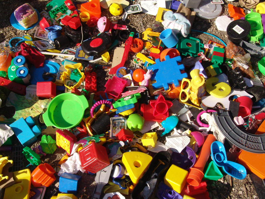 Toy pile full by hcube