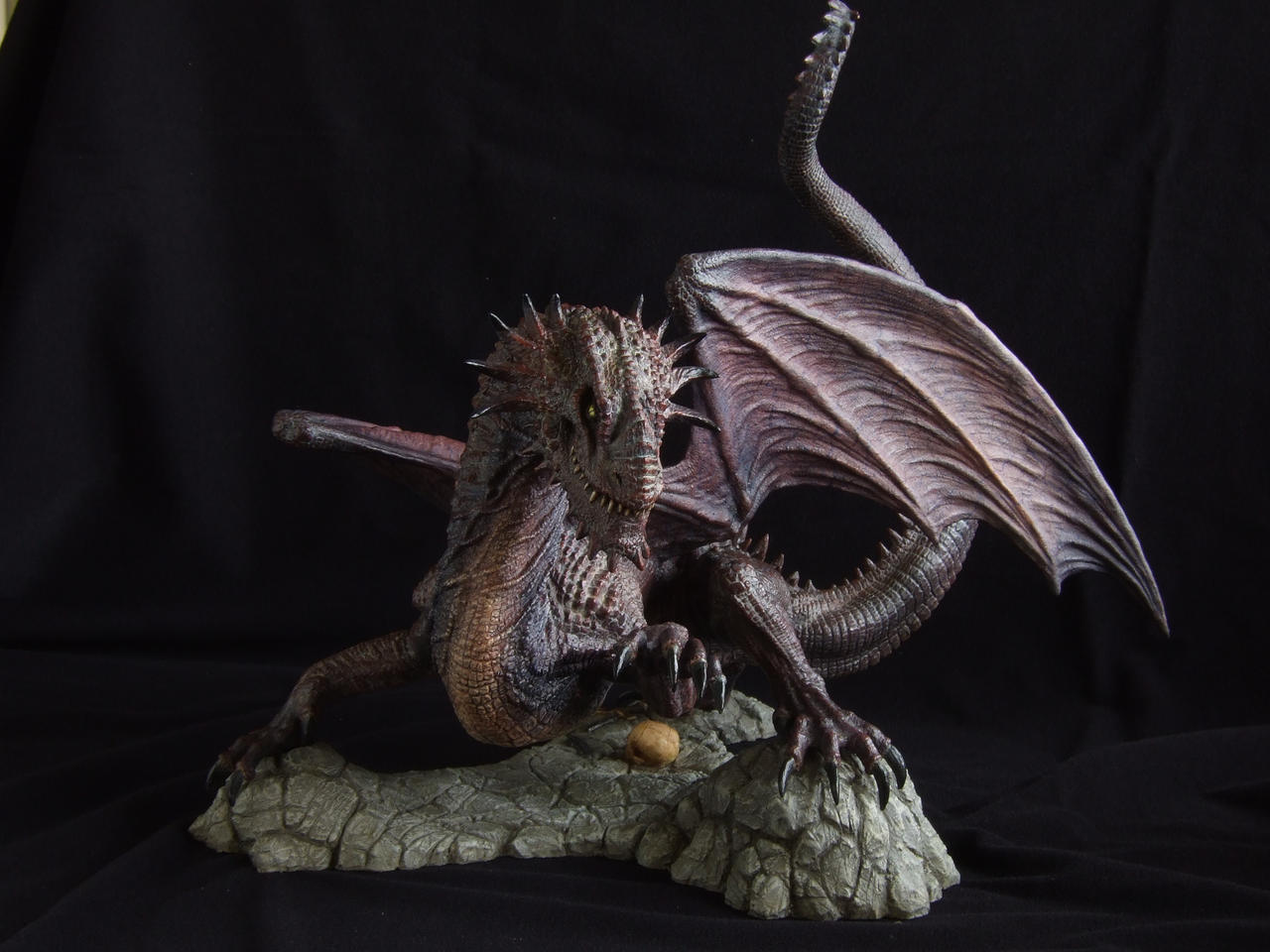 Dragon sculpt: painted by revenant-99