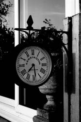 The Ticking of a Clock by jamieoliver22