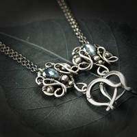 Quarion - earrings by BartoszCiba