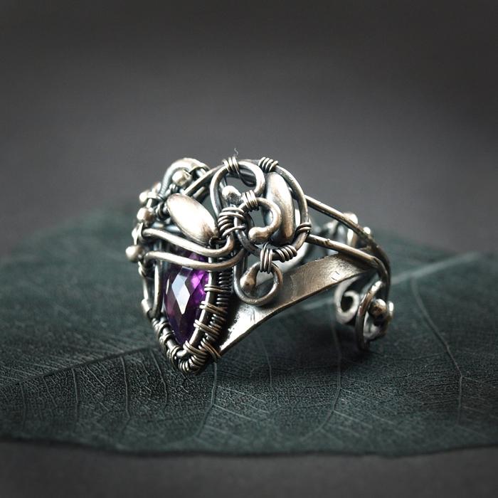 Iris - ring by BartoszCiba