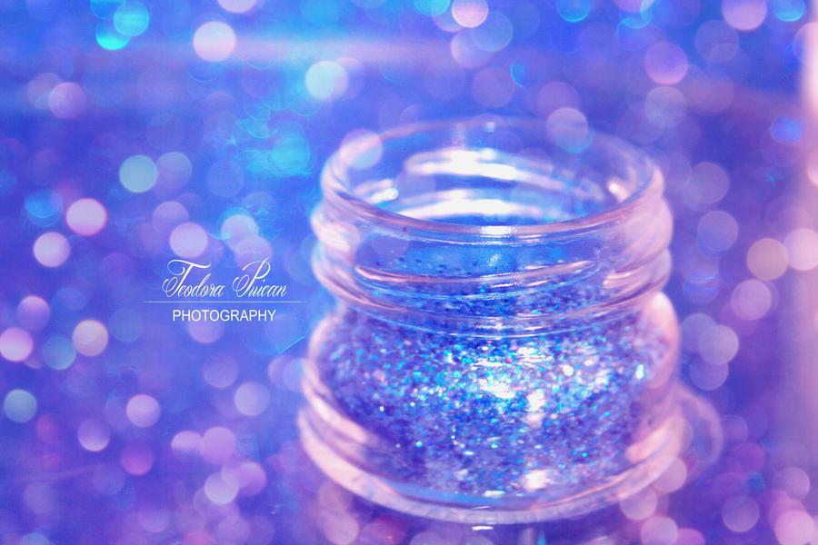 Glitter Shock by xChristina27x