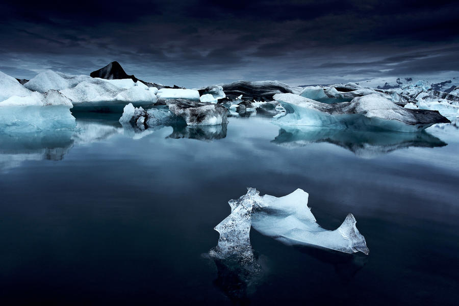Glacial world by alexandre-deschaumes