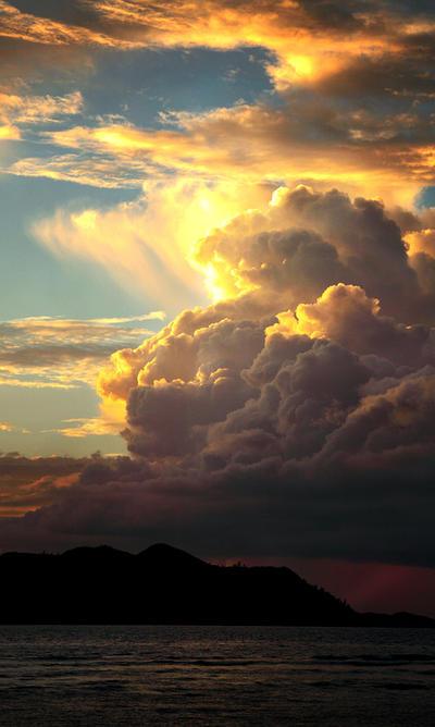 Please, Ocean Clouds ...Pt.II by alexandre-deschaumes